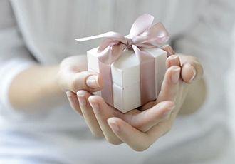 Оригинальные подарки женщине на юбилей 55 лет