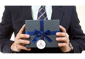 Подарки коллеге на юбилей