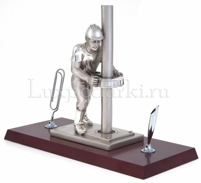 "Скульптура  Linea Argenti ""Нефтяник""- 1"