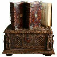 Библия Гутенберга (полная бумажная копия) в 3 томах (в сундуке)
