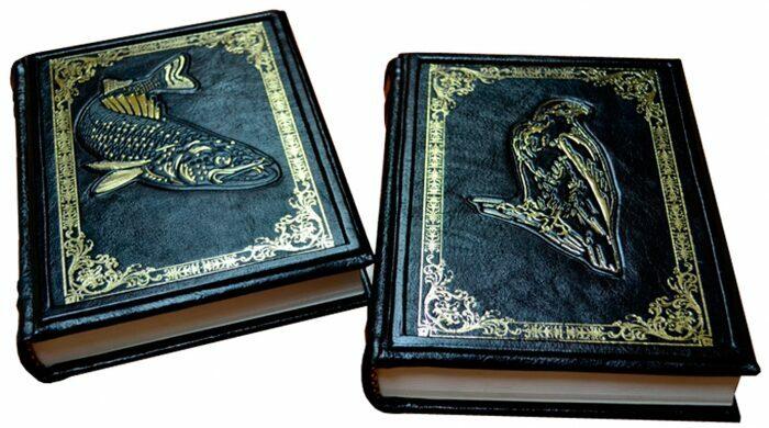 "Книги в кожаном переплете ""Охота и рыбалка"" Л.Сабанеев (2 тома, в футляре)- 3"