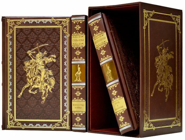 """Книги в кожаном переплете """"Великие полководцы"""" (3 тома, в футляре)- 1"""