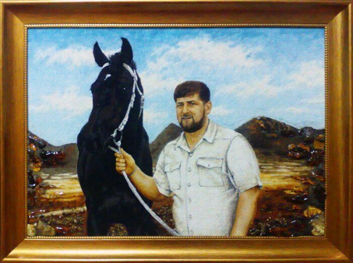 Персональный портрет из янтаря- 1
