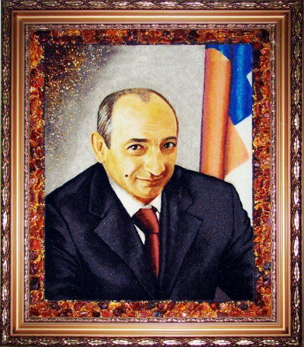 Персональный портрет из янтаря- 6