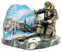 """Скульптура бронзовая """"Рыбалка зимой"""""""