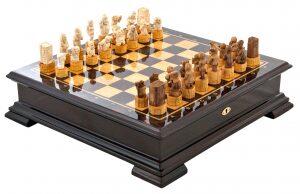 "Шахматы из бивня мамонта ""Джунгли большого города"""