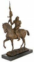 "Скульптура бронзовая ""Воин на коне"""