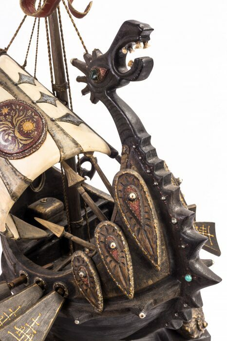 """Масштабная модель корабля из мореного дуба """"Венари""""- 9"""