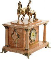"""Сейф-часы """"Лошади"""" (персиковый мрамор)"""