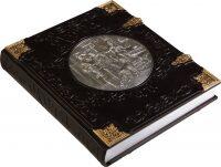 """Книга в кожаном переплете """"Охота"""", Курт Блюхель (модель 1) (в футляре)"""