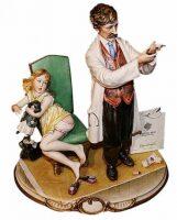 "Статуэтка  Porcellane Principe ""Доктор со шприцем"""