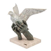 "Скульптура  Anglada ""Мир"""