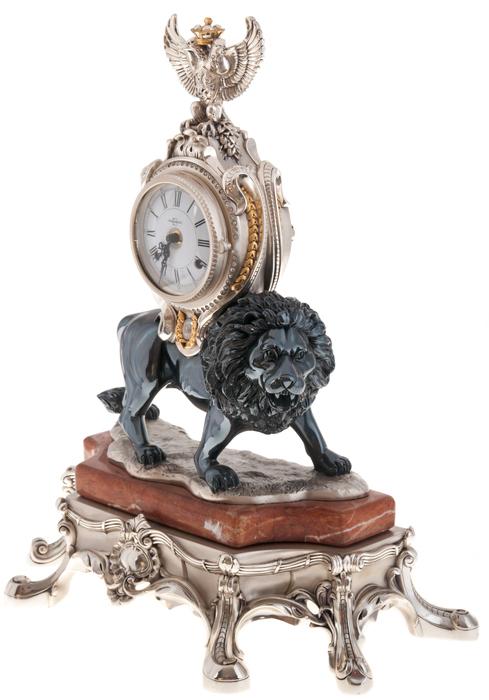"""Часы  Linea Argenti """"Лев""""  механические, на мраморной коричневой подставке, с гербом, цвет: черный- 1"""