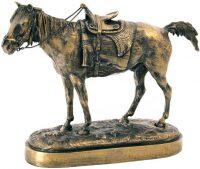"""Скульптура """"Бухарская лошадь"""""""