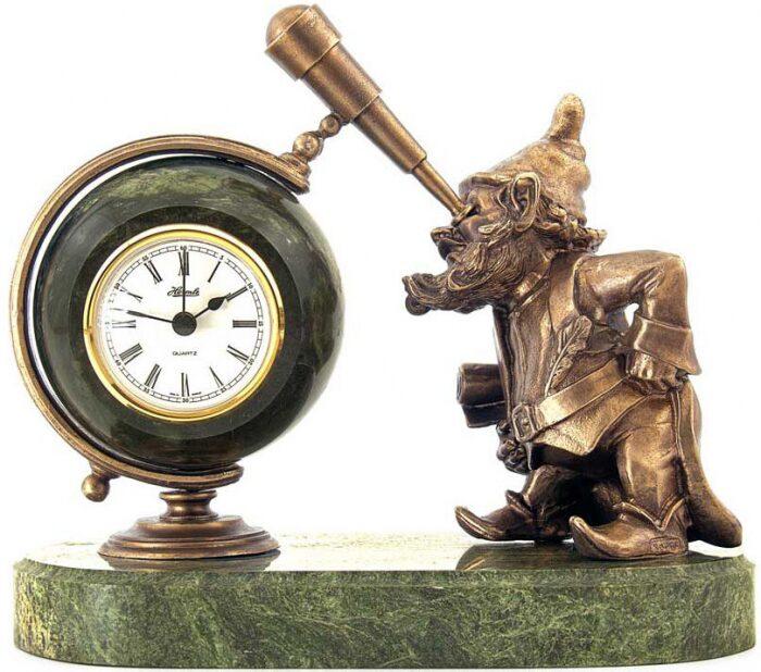 """Часы настольные """"Гномик-астроном""""- 1"""