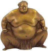 "Скульптура ""Борец сумо"""