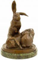 """Скульптура """"Кролики"""""""