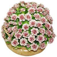 Декоративная корзина с розовыми розами Artigiano Capodimonte
