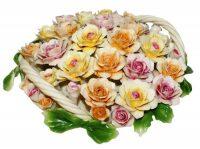 Декоративная корзина с разноцветными розами с двумя ручками Artigiano Capodimonte