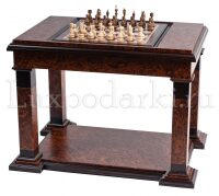 Стол для игры в шахматы и нарды