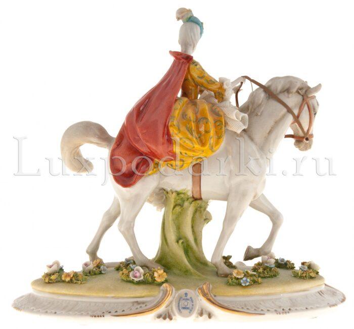 """Статуэтка  Porcellane Principe """"Дама на коне"""" - 2"""