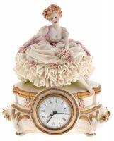 """Часы  Porcellane Principe """"Девушка с цветами"""""""