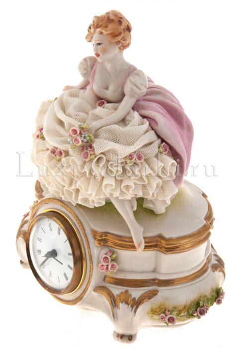 """Часы  Porcellane Principe """"Девушка с цветами"""" - 1"""