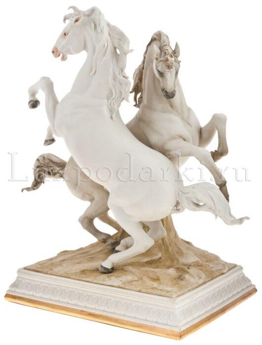 "Статуэтка  Porcellane Principe ""Два коня"" - 1"