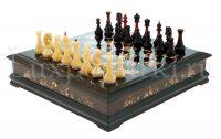 Шахматный ларец из янтаря (морёный дуб)