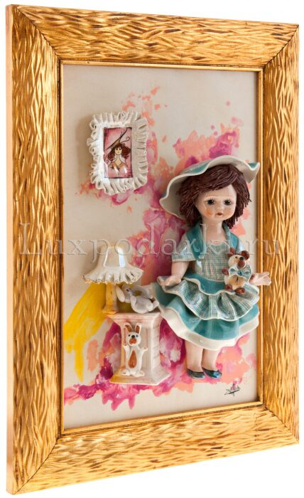 "Картина прямоугольная  Zampiva ""Кукла стоящая у тумбочки"" - 1"