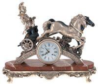 "Часы  Linea Argenti ""Колесница""  на мраморной подставке"