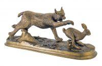 """Скульптура бронзовая """"Рысь и заяц"""""""
